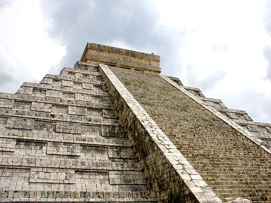 aztec-pyramid-2